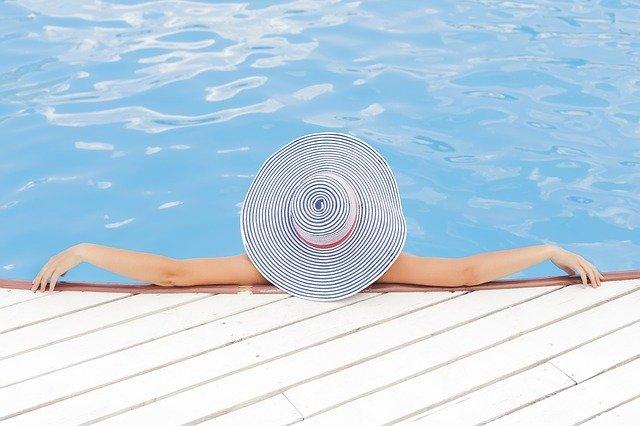Sunbathe Safely to Produce Natural Vitamin D